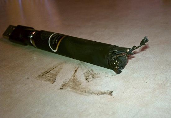 Exploding E-Cig Batteries Becoming a Problem Again